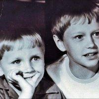 Братья, Юрочка и Женечка, 35 лет назад :: Нина Корешкова