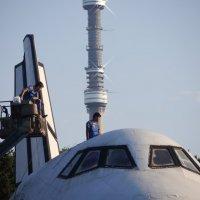Буран собирают инженеры КБ .. ( фраза из СМИ) :: Alexey YakovLev
