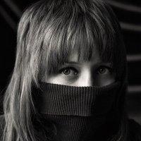 Олюшка, портрет с естественным светом :: Алина Репко