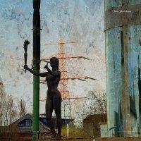 Городская скульптура. Женщина с факелом :: Nina Yudicheva
