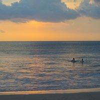 купание на закате2 :: Александр