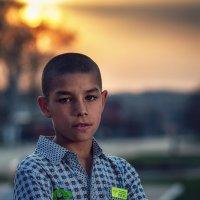 Цыганский мальчик :: Сергей
