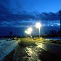 Апрель. Вечер на переезде. :: Николай Туркин