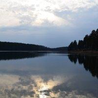 на озере :: Булат *