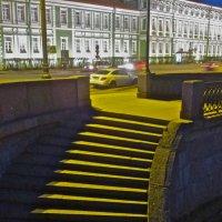 на Университетской набережной,спуск к Неве :: Елена