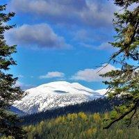 Первый снег в горах :: Сергей Чиняев