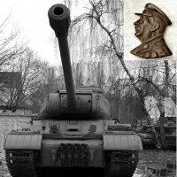 Броня крепка и танки наши быстры... :: Владимир Болдырев