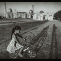Зарисовки старого города. :: Леонид Кудрейко