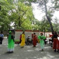 Танцы в парках Пекина :: Галина Оболдина