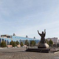 Памятник Серафиму Саровскому :: Леонид Никитин