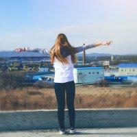 Я чувствую  себя счастливой тогда, когда мне удается сделать немного счастливее других. :: Наталья Александрова