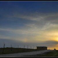 Заходящее солнце :: Леонид Кудрейко