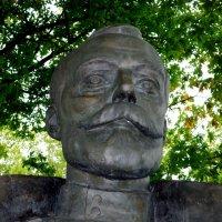 Бюст Николая II  работы В.В. Зайко :: Сергей