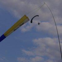 Колдун (колтун)  - ветроуказатель после шкалы Бофорта. :: Alexey YakovLev