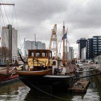 В порту города Роттердам :: Witalij Loewin