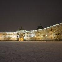 Дворцовая площадь. Раннее утро :: Павел Федоров