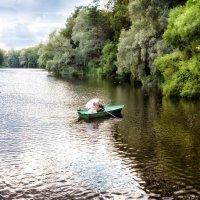 Свадебная фотосессия, свадьба на природе, лодка, озеро :: Оля Ветрова