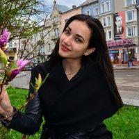 Ірина і магнолія :: Юрій Федчак