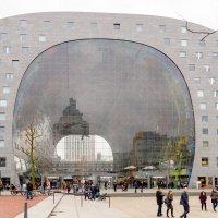 Крытый рынок в Роттердаме :: Witalij Loewin