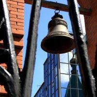 Колокол... вечный  колокол.... :: Валерия  Полещикова