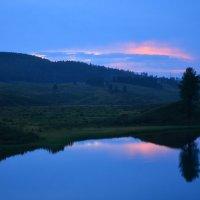 Горное озеро :: Николай Воробьёв