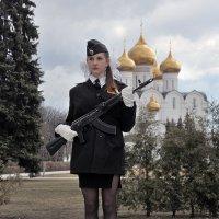 "Мини, бантики, ""Калашников"" :: Николай Белавин"