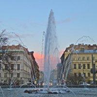 первый весенний фонтан :: Елена