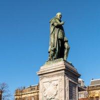 Памятник Вильгельму 2 :: Witalij Loewin