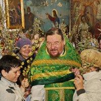 Вербное воскресенье в Ильинском :: Валерий Симонов