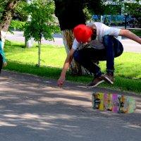 8. Спонтанная стрит-фотография. Уникальная фотография с гармонически пойманным моментом. :: Асылбек Айманов