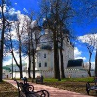 Суздальский кремль :: Вера