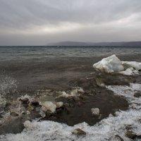 Апрель, Байкал проснулся... :: Александр Попов