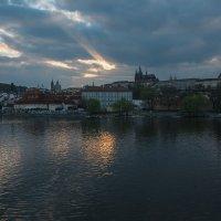 Закат в Праге :: Алексей Морозов