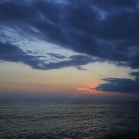 Солнце ушло - да здравствует солнце ! :: valeriy khlopunov
