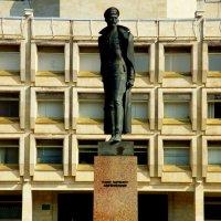 Памятник Ф.Э.Дзержинскому на Шпалерной :: Сергей