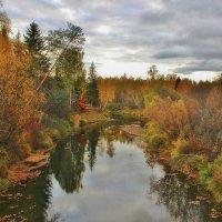 Склонилась осень над рекою. :: mike95