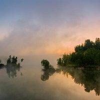 Утро на озере. :: Анатолий 71
