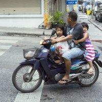 Шестая неделя. Фото 6. Тайская Золушка. Кадр 1 :: Владимир Шибинский