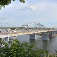 Мост через реку Белая :: Юрий