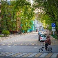 Весенняя московская улица :: Игорь Герман