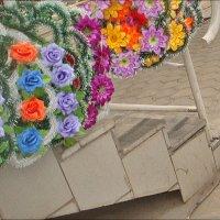 Ступеньки вверх или вниз... :: Нина Корешкова