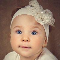 Потрясающий человечек Злата :) :: Оксана Губайдулина