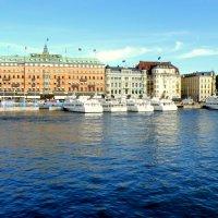 Готовые к прогулкам... ,,по рекам и каналам,, Стокгольма :: Сергей
