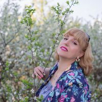 В вишневом саду! :: ИГОРЬ ЧЕРКАСОВ