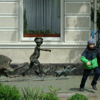 Спасайся бегством... :: Olga Grebennikova