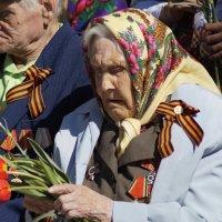 Слёзы твои,мать,это боль в нашем сердце! :: Андрей Смирнов