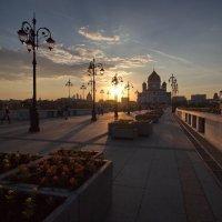 Закат на Патриаршем мосту :: Юрий Кольцов