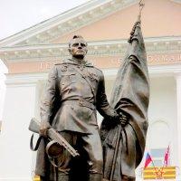Памятник Герою Алексею Бересту :: Нина Бутко