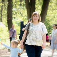 прогулка в парке Кузьминки :: Ольга Осипова