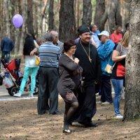 С нами Бог и местный священник :: Валерий Лазарев
